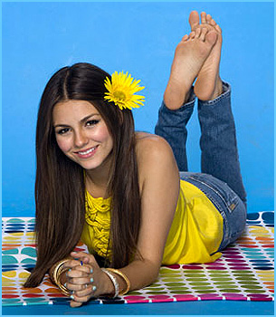 See more of Victoria Justice's feet inside our member's area!